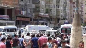 Diyarbakır'da Çıkan Kavga'da 1 Polis Yaralandı.