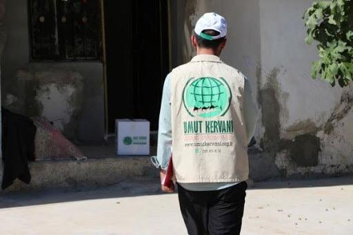 Mardin Umut Kervanı 135 aileye yardım elini uzattı